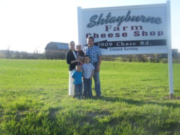 Shtayburne Farm is a family-owned Finger Lakes dairy farm with over four generations of experience in the dairy industry. We control every aspect of our cheese creations.