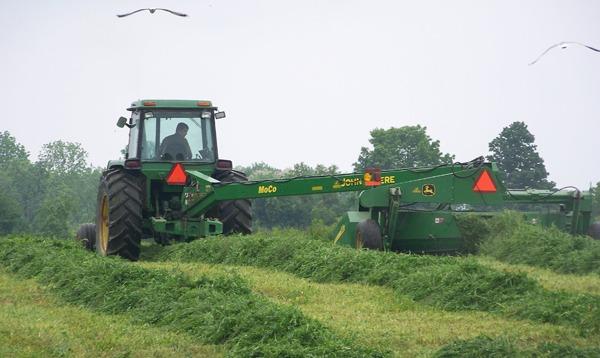 shtayburne farm tractor